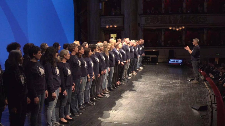 coro la nave teatro alla scala